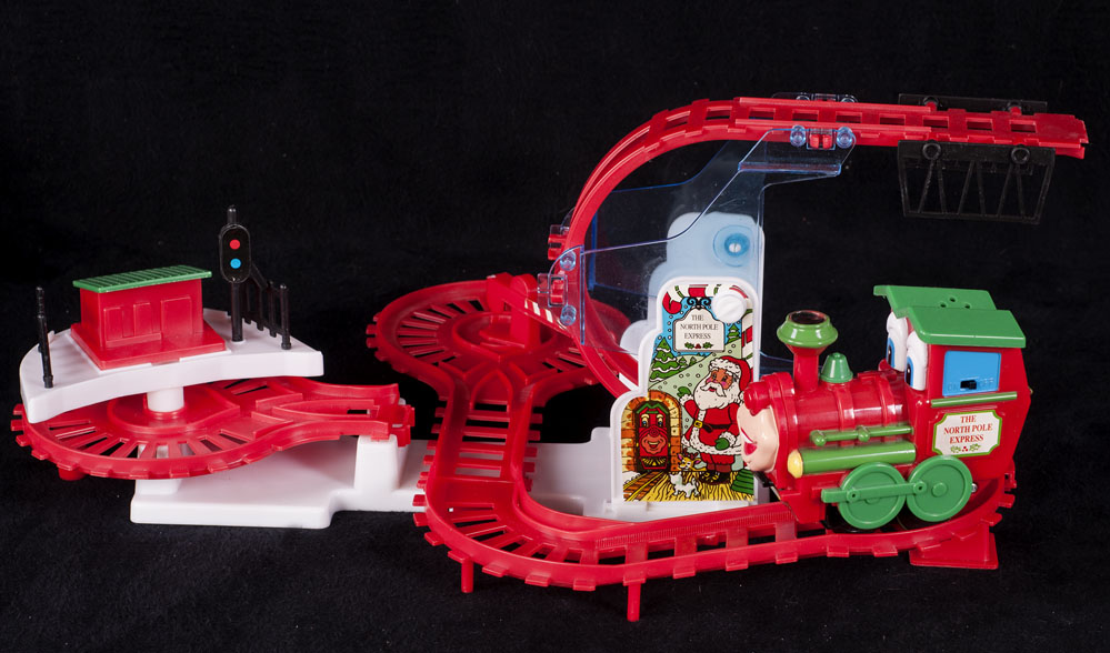 Kurt Adler North Pole Express Train Christmas Toy Display SEE VIDEO ...