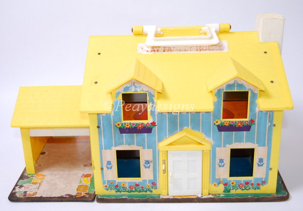 Le Chat Noir Boutique: Fisher Price PLAY FAMILY HOUSE #952 ...