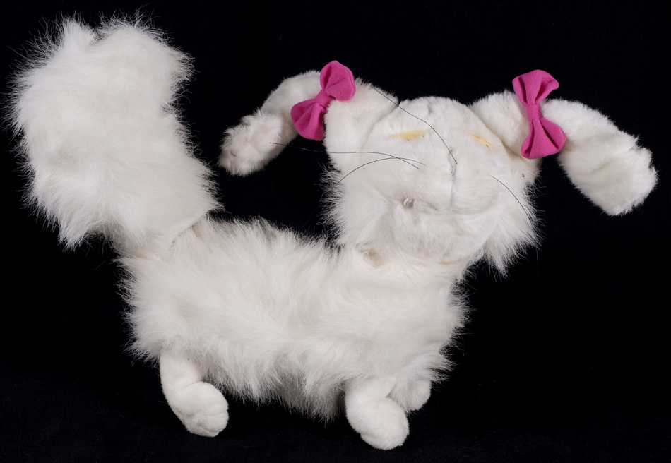 Le Chat Noir Boutique Rugrats Fluffy White Cat Plush Moving Head