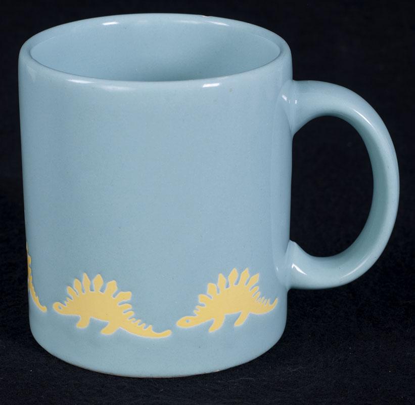 Le chat noir boutique waechtersbach stegosaurus dinosaur for Blue mug designs
